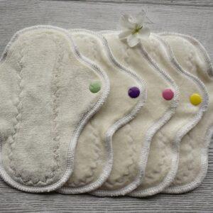 weiß-slipeinlagen-stoffbinden-stoffslipeinlagen-handmade-sendoro-shop-kk-fabrics-creations-bambus-velour-5-stück-im-set-onlineshop