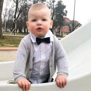 Fliege verstellbare Jungen Baby Geschenk Geschenkbox Sendoro Shop Amazon Hochzeit Outfit festlich dunkelblau Lollipop