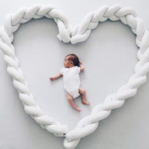 weiße-bettschlange-handmade-geflochten-braided-bumper-geflochen-sendoro-shop-babybett-onlineshop