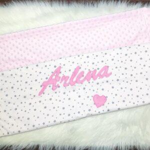 babydecke-minky-bestickt-personalisiert-handmade-sendoro-shop-rosa-weiß-sterne