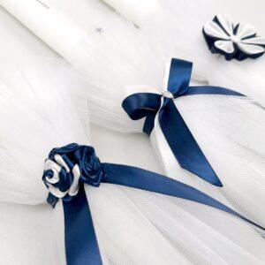 taufkerze-blau-dunkelblau-lollipop-sendoro-shop-baby-satin-schleife-blume