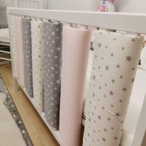Bettgitterpolster weiss rosa grau sterne ni na design sendoro shop handmade